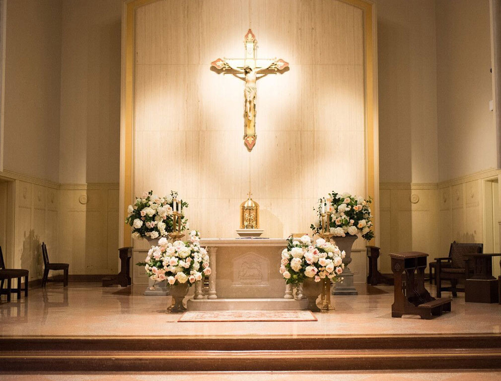 Holy Trinity Catholic Church wedding ceremony