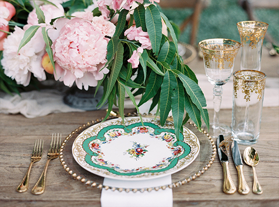 Posh Couture gold wedding place setting